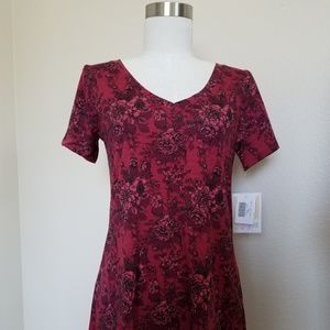 LLR CHRISTY T XXS Rose on Red Background